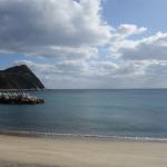 キラキラ光る、砂の浜