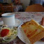 【下甑島のごちそう】かりかりフワフワトーストの贅沢朝ごはん。~スタバもドトールも無いけど、もっと素敵なモーニング~
